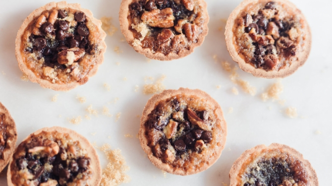 Chocolate mini pecan tarts