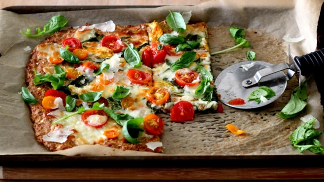 Cauliflower-Crust Pizza with Tomatoes, Arugula and Squash Blossoms